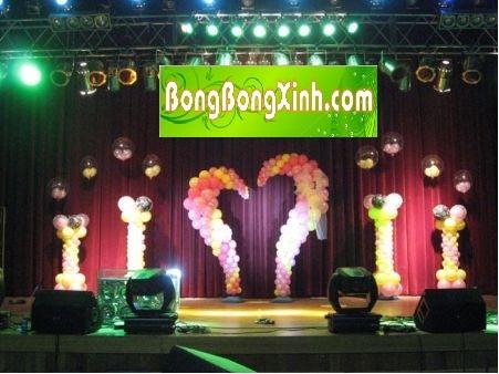 sân khấu tiệc cưới 020
