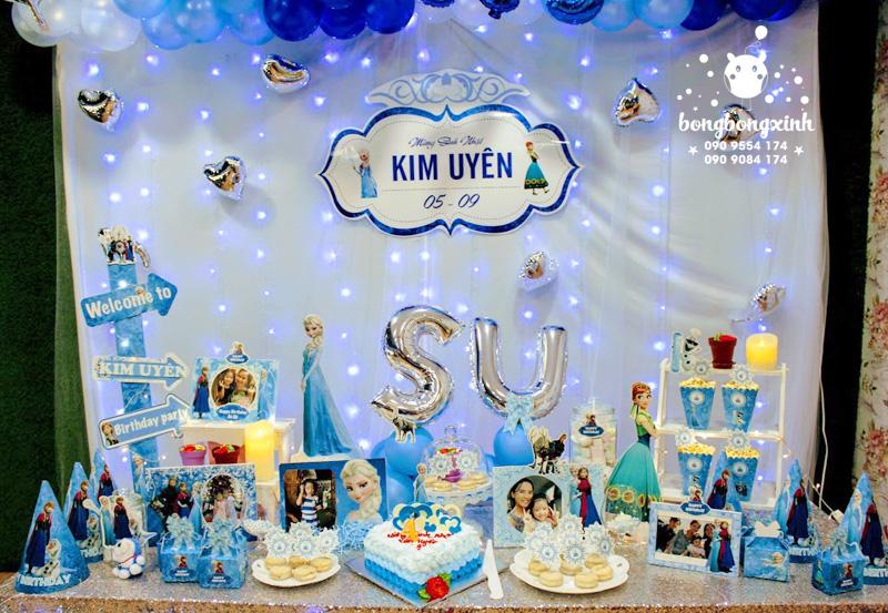 Bàn quà trang trí sinh nhật chủ đề công chúa tuyết Elsa BQ136
