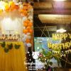 Bàn quà sinh nhật tone cam trắng BQ163