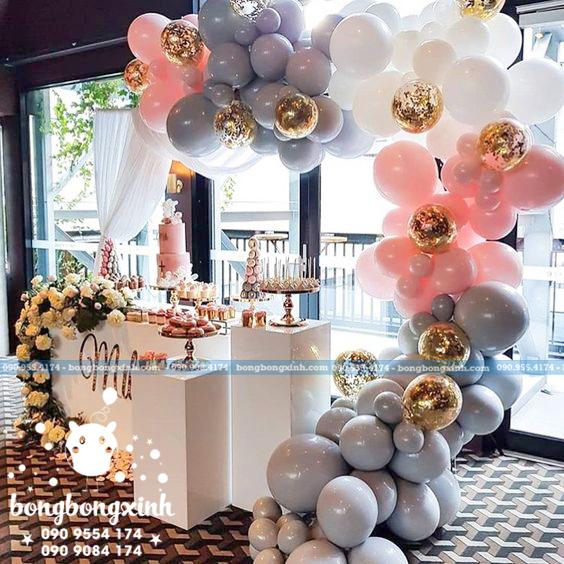 Backdrop tiệc cưới kết hợp bong bóng xinh đẹp BRC002