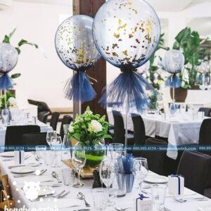 Trang trí bàn tiệc cưới với bong bóng kim tuyến BT059