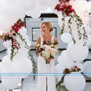 Cổng chào tiệc cưới màu trắng bằng bong bóng sang trọng CA122