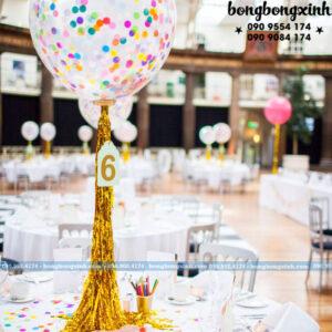 Trang trí bàn tiệc cưới với bong bóng độc đáo BT060