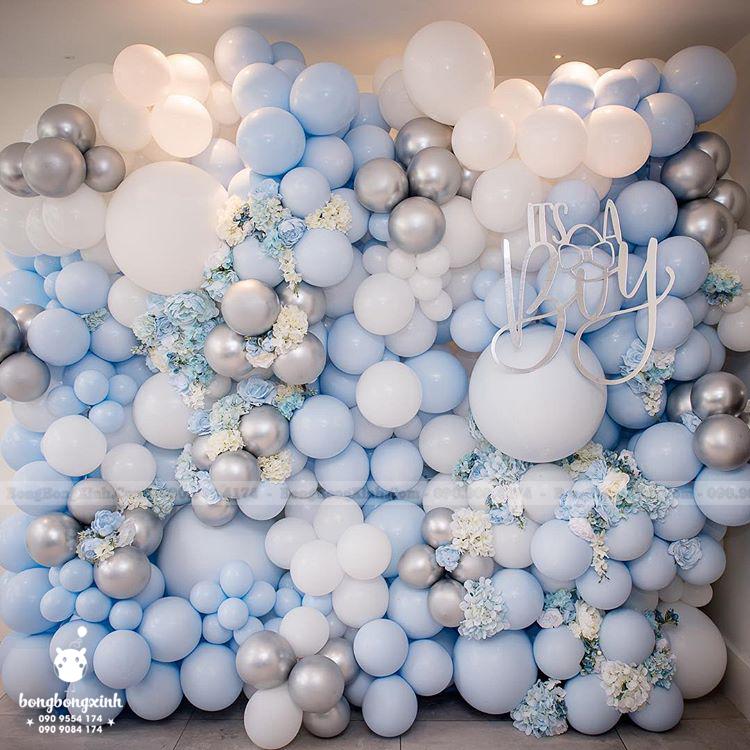 Tường trang trí sinh nhật bong bóng và hoa TBB052