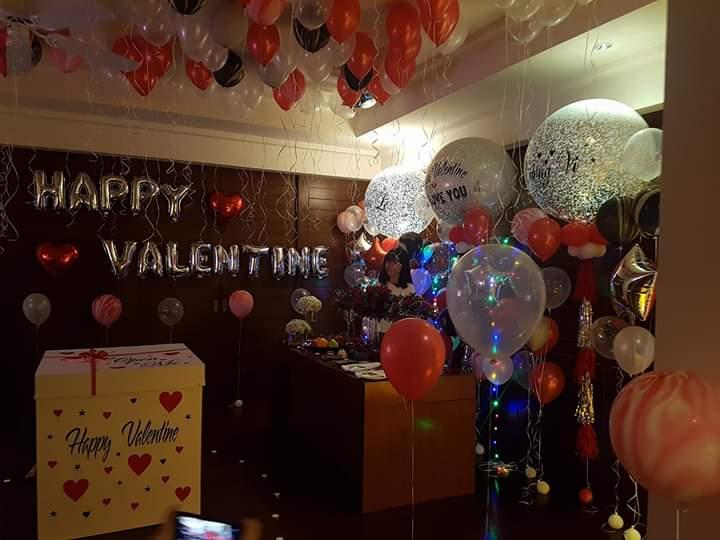 Trang trí valentine bằng bong bóng bay BB077