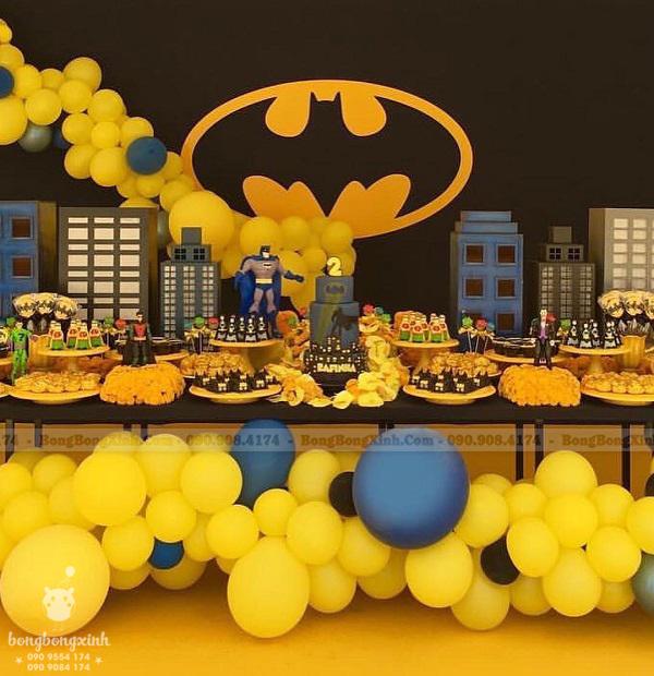 Trang trí sinh nhật Xinh Event bàn quà sinh nhật Batman 2 BQ217