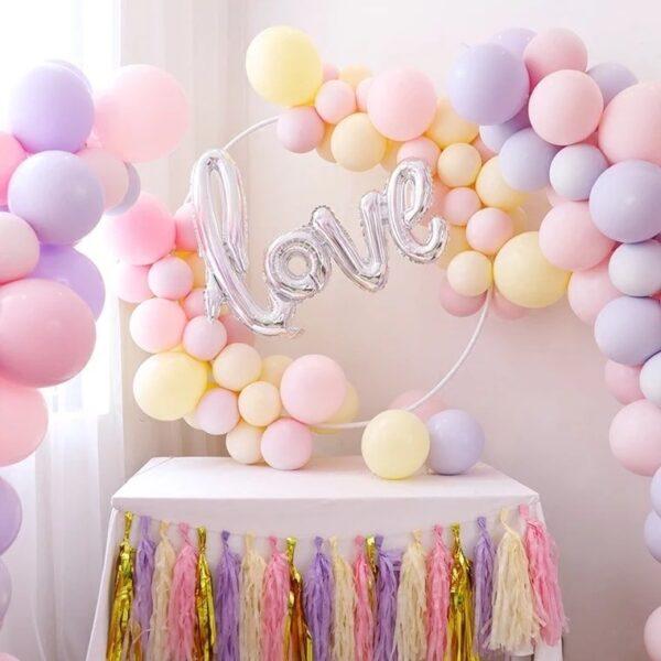 Trang trí bàn quà sinh nhật cho người yêu tông màu pastel BQ239 các chàng không thể bỏ qua