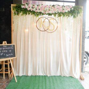 Backdrop tiệc cưới trắng nhẹ nhàng BBX048