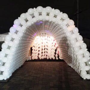 Cổng chào sinh nhật kiêm đường dẫn màu trắng BBX062
