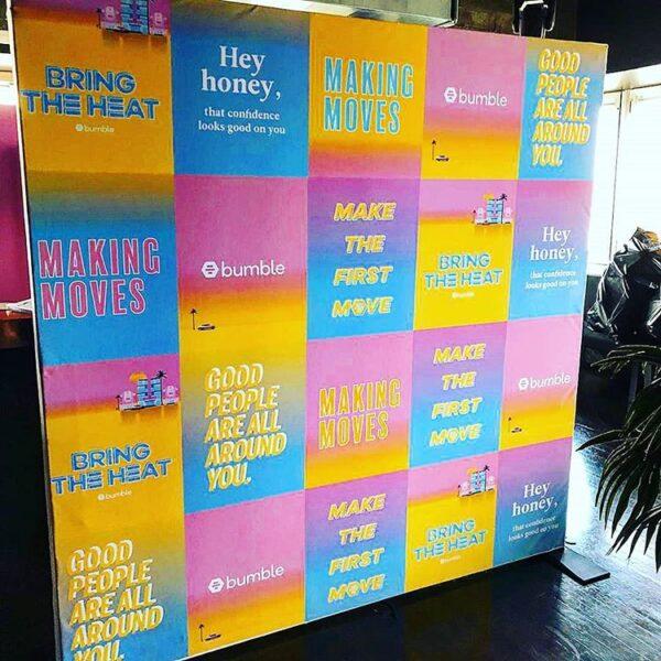 Backdrop khai trương văn phòng độc lạ đầy màu sắc BBX183