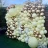 Tường bong bóng xen kẽ hoa trang trí party BBX207