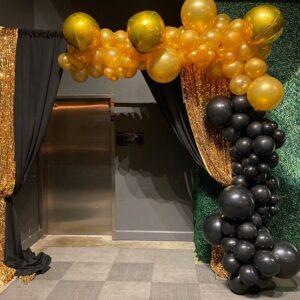 Cổng chào sinh nhật vàng đồng và đen sang trọng BBX208
