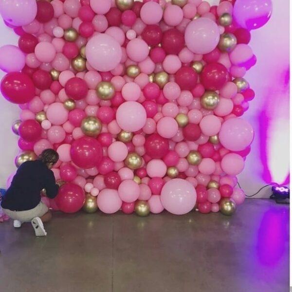Tường bong bóng trang trí party vàng đồng và hồng BBX214