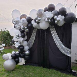 Backdrop trang trí sân khấu sự kiện đen, trắng, bạc BBX313