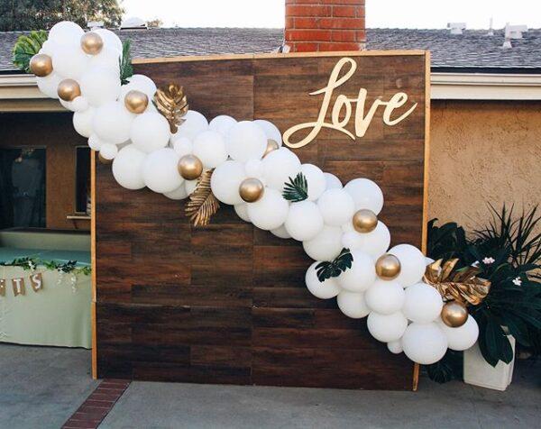 Backdrop cùng dây bong bóng trang trí tiệc cưới sang trọng BBX328