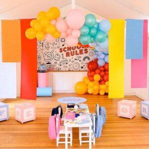 Trang trí sân khấu sinh nhật màu pastel BBX377