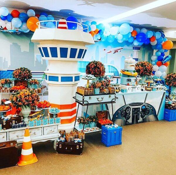 Trang trí bàn quà sinh nhật bến cảng BBX439