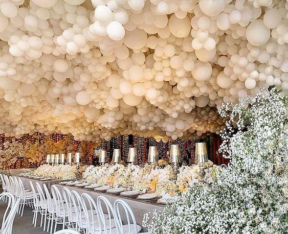 Trang trí bàn tiệc cưới bong bóng BT064