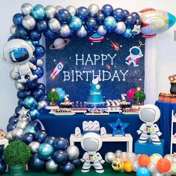 Bàn quà sinh nhật chủ đề Phi Hành Gia BBX581