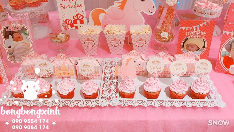 Bánh kem bàn quà sinh nhật BQ144
