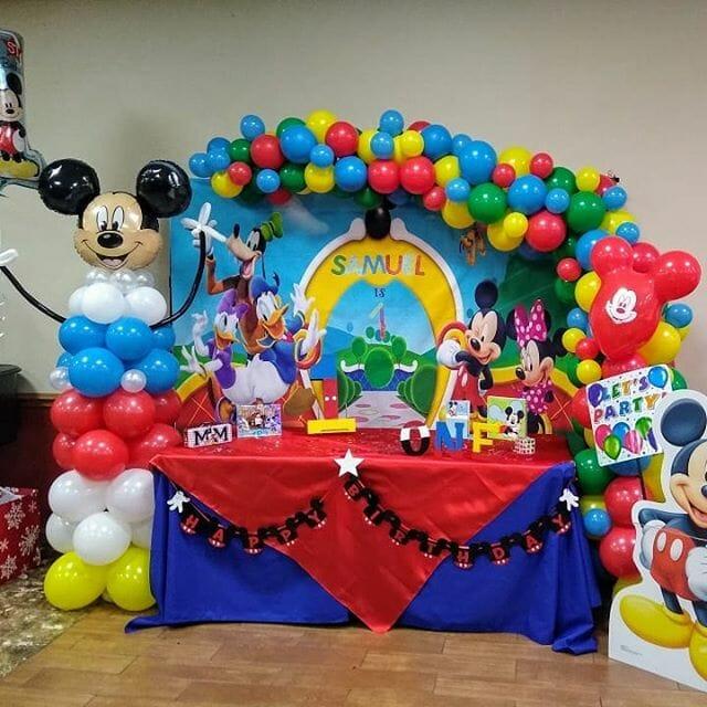 Bàn quà sinh nhật chuột Mickey và những người bạn BBX197