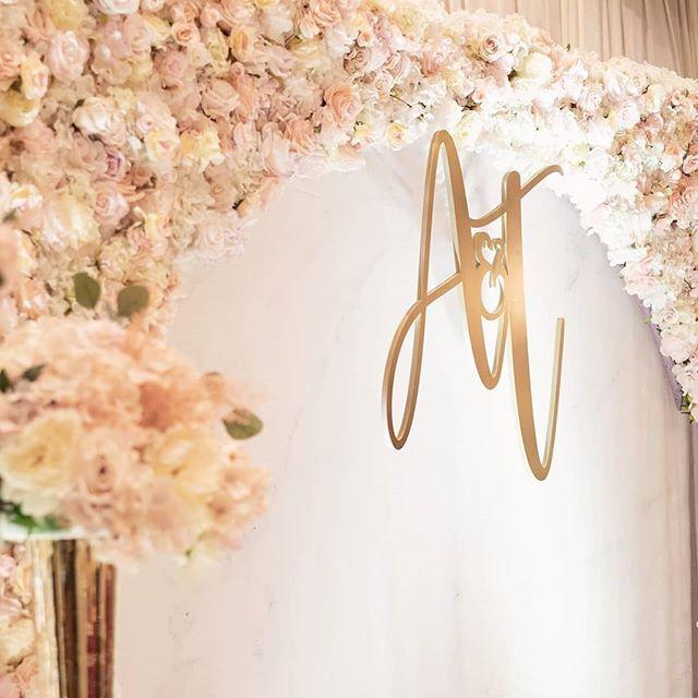 BBX390-Backdrop tiệc cưới hoa tươi lãng mạn