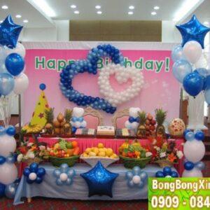 Bàn quà sinh nhật 016