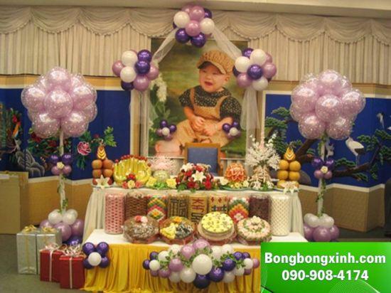 bàn quà sinh nhật 031