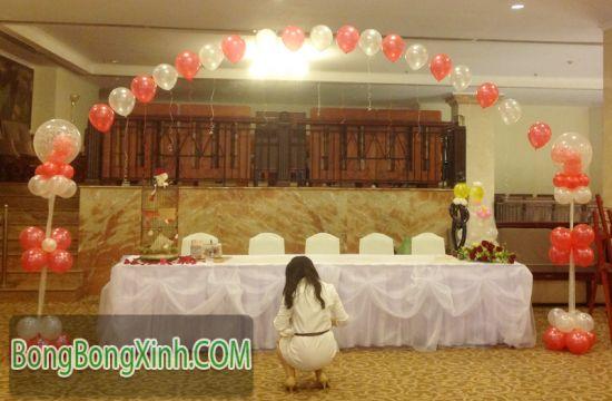 Tạo hình bàn kí tên tiệc cưới 036