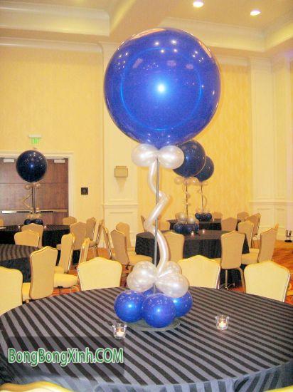 Trang trí bàn tiệc bằng trụ bong bóng 118