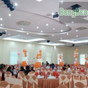 Bong bóng trang trí bàn tiệc cưới BT054