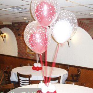 Trang trí bàn tiệc cưới bằng bong bóng lồng BT055
