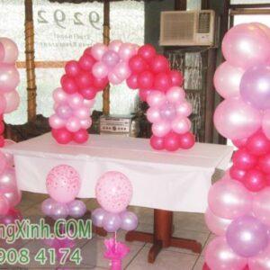 Trang trí bàn kí tên tiệc cưới màu hồng BKT038