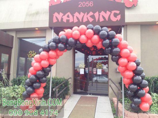Cổng chào trang trí sự kiện màu đỏ đen đẹp CD133