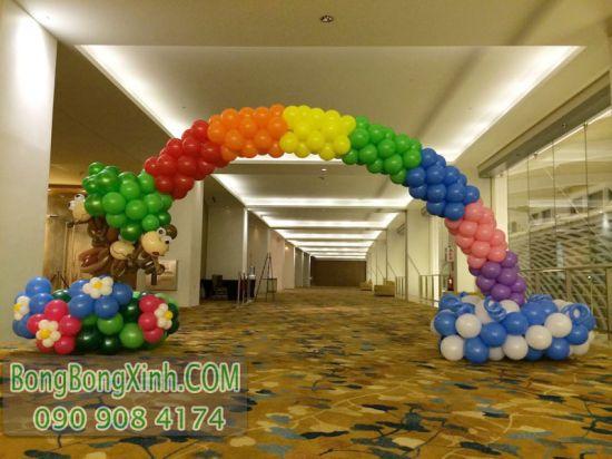 Trang trí bong bóng cổng chào sự kiện cầu vồng CD138