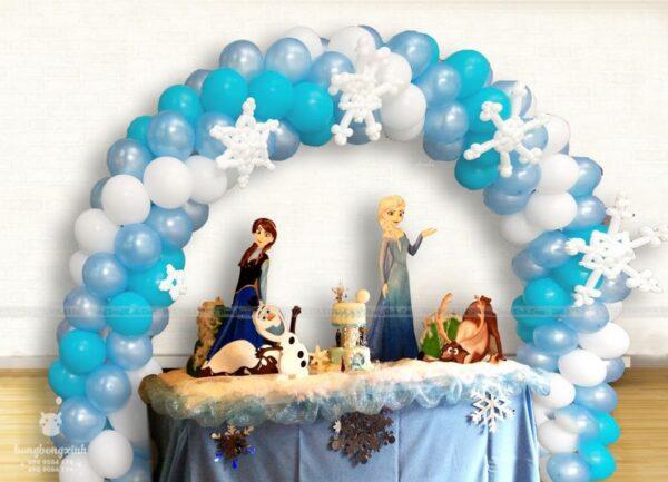 Bàn quà sinh nhật Frozen BQ196