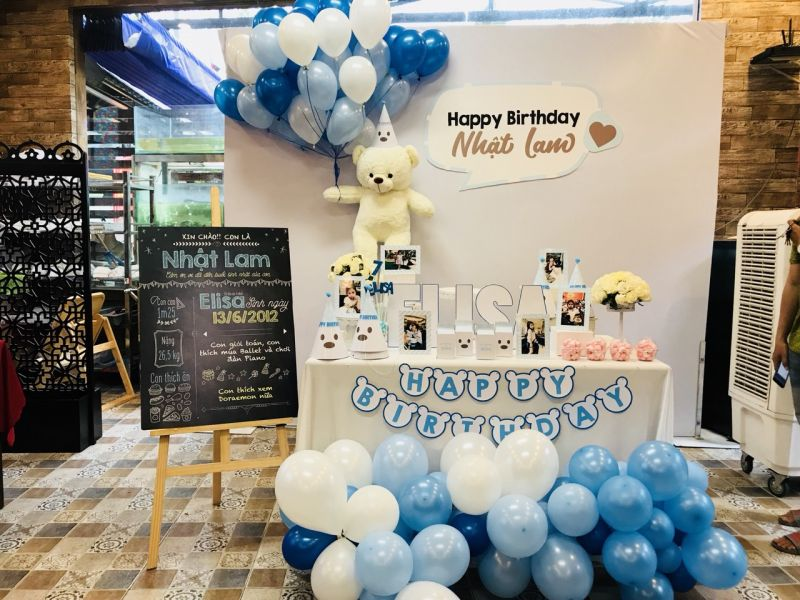 Bàn quà sinh nhật bé Nhật Lam BQ240 dễ thương và hiện đại