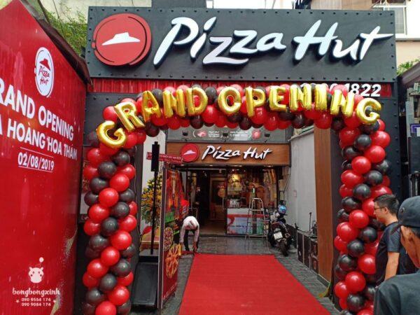 Cổng chào khai trương Pizza Hut BBX036