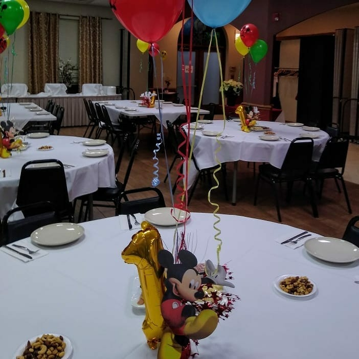 Trang trí không gian xung quanh phòng tiệc sinh nhật BBX197
