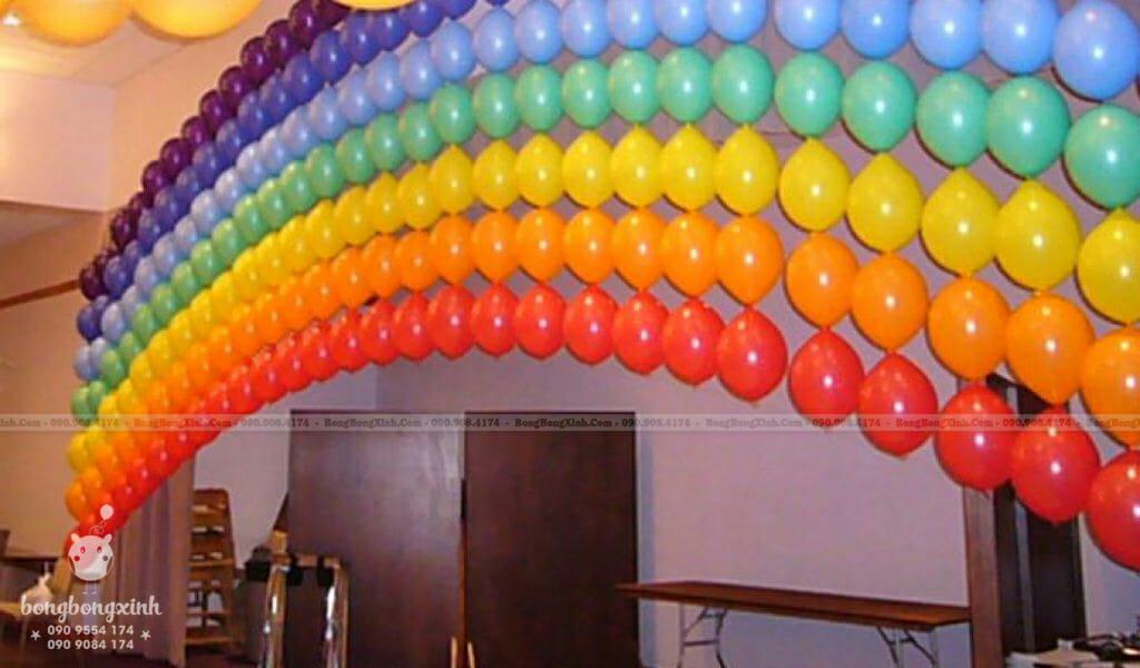 Tường bong bóng mái vòm Rainbow