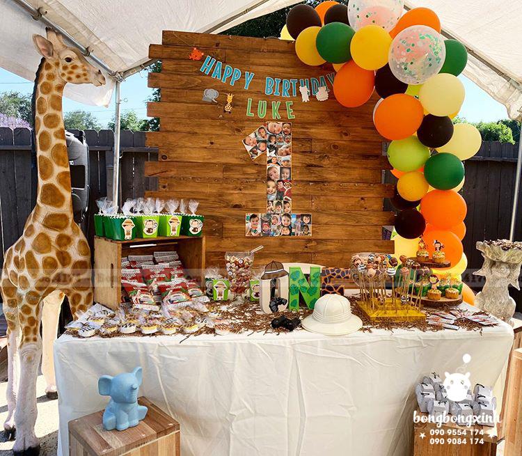 Bàn quà sinh nhật Safari BQ236