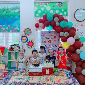Gợi ý trang trí góc sinh nhật lớp tiểu học tuyệt đẹp cho bé