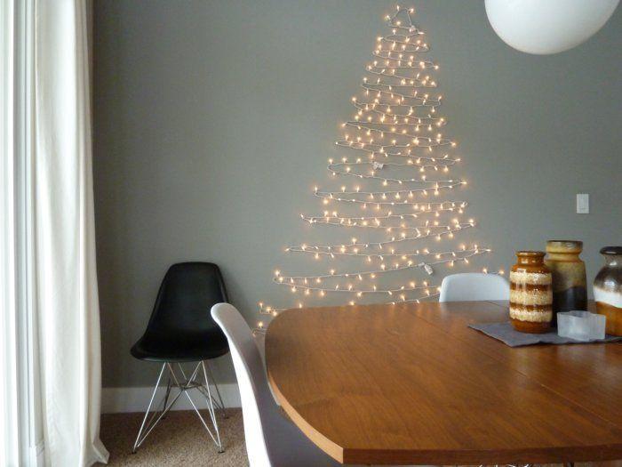 Cây thông noel bằng đèn led trang trí trên tường