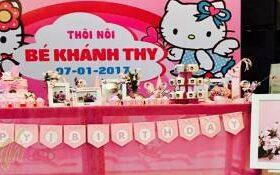 Trang trí sinh nhật chủ đề màu hồng bé Khánh Thy